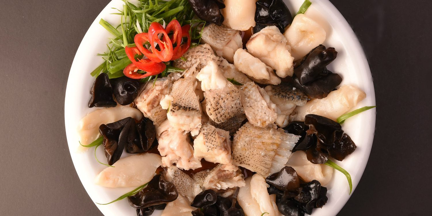 Steamed Grouper Pieces with Cloud Fungus